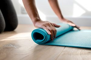 yogamatje oprollen